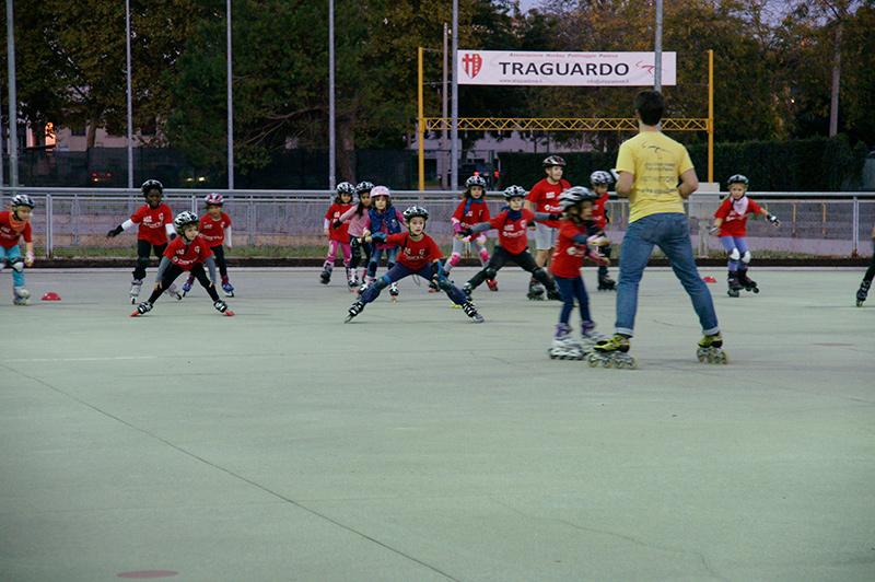 corso-pattinaggio-bambini